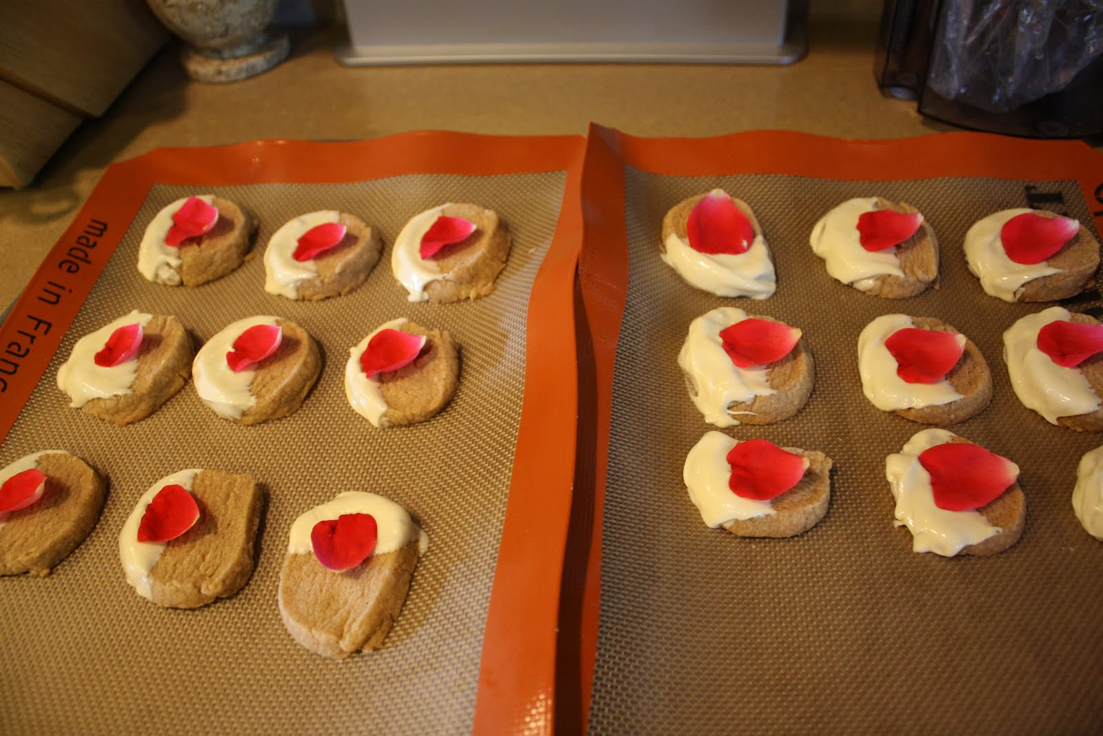 ... Cardamom-Vanilla Shortbread Cookies with White Chocolate and Rose