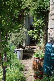 romantic garden, gertrude jekyll