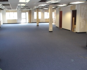 Industrial vinyl flooring which commercial flooring for Commercial flooring contractors