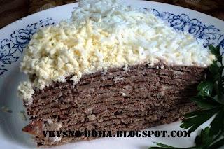 Печеночный торт с майонезно-чесночной пропиткой
