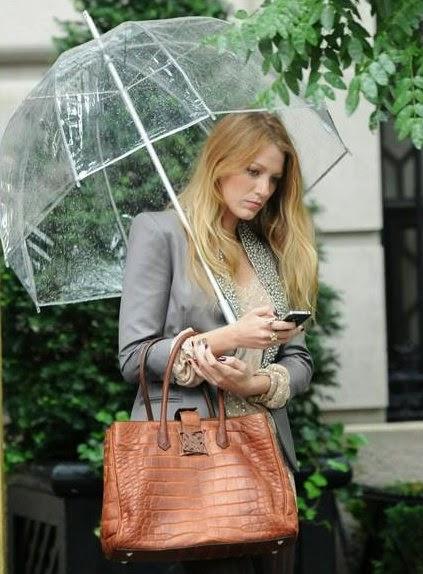 Blake-Lively-paraguas