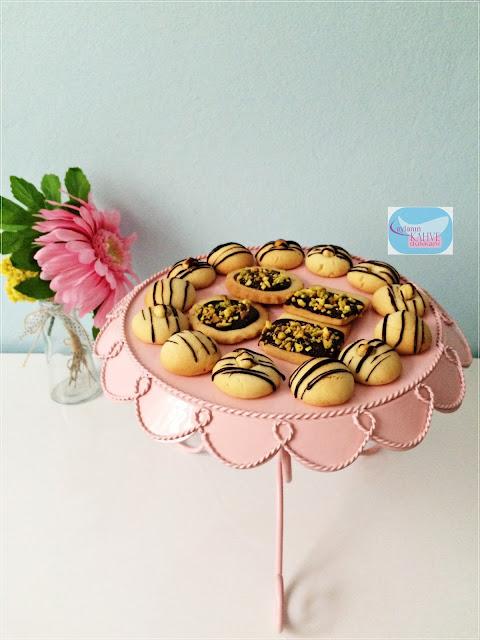 süslü kurabiye, pastane kurabiyesi, çikolatalı kurabiye, antepfıstıklı kurabiye