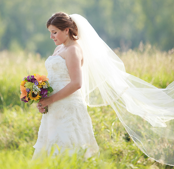 http://redfernphotography.ca/2013/08/the-ranche-wedding-pictures-fish-creek-park-calgary/