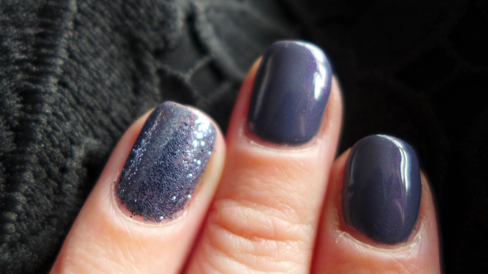Steel Glitter Nails