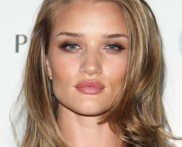 rosie-huntington-whiteley-glamour-04.jpg