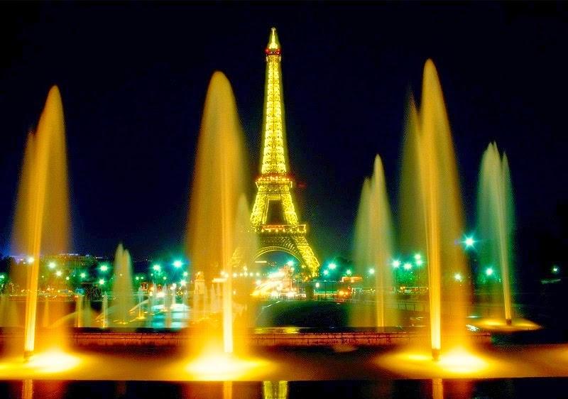 Eiffel Tower Travelrin
