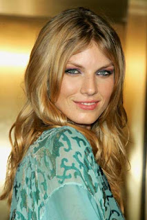 Angela Lindvall | Celebrities Gossips