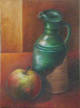 Jarra aceitera con manzana