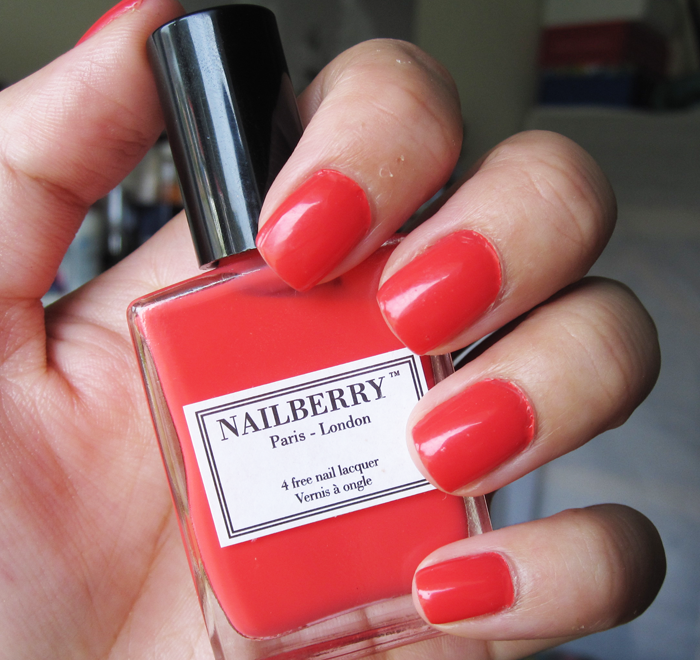 A picture of Nailberry Groseille swatch