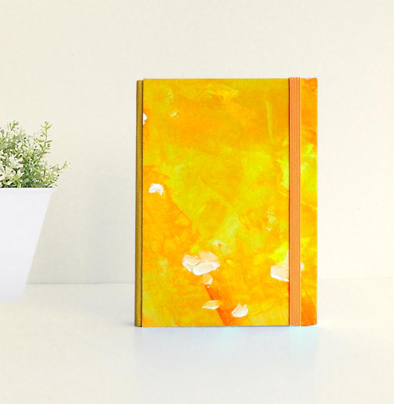 """Cuaderno Tamaño Bolsillo A6. Encuadernado y pintado a mano. """"Flores de sol"""""""