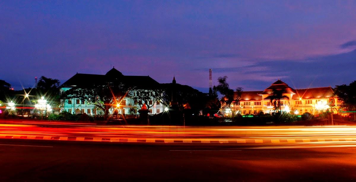 Balai Kota Malang malam