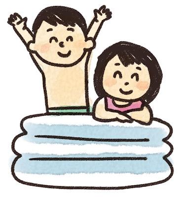 ビニールプールで遊ぶ子供達のイラスト