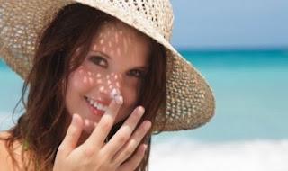 Cara Mudah Membuat Sunblock Tabir Surya Alami Sendiri