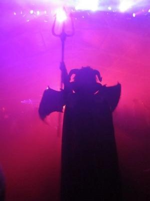 TOM BLOG 31/010/2011 Satan-20111031183126-744_400