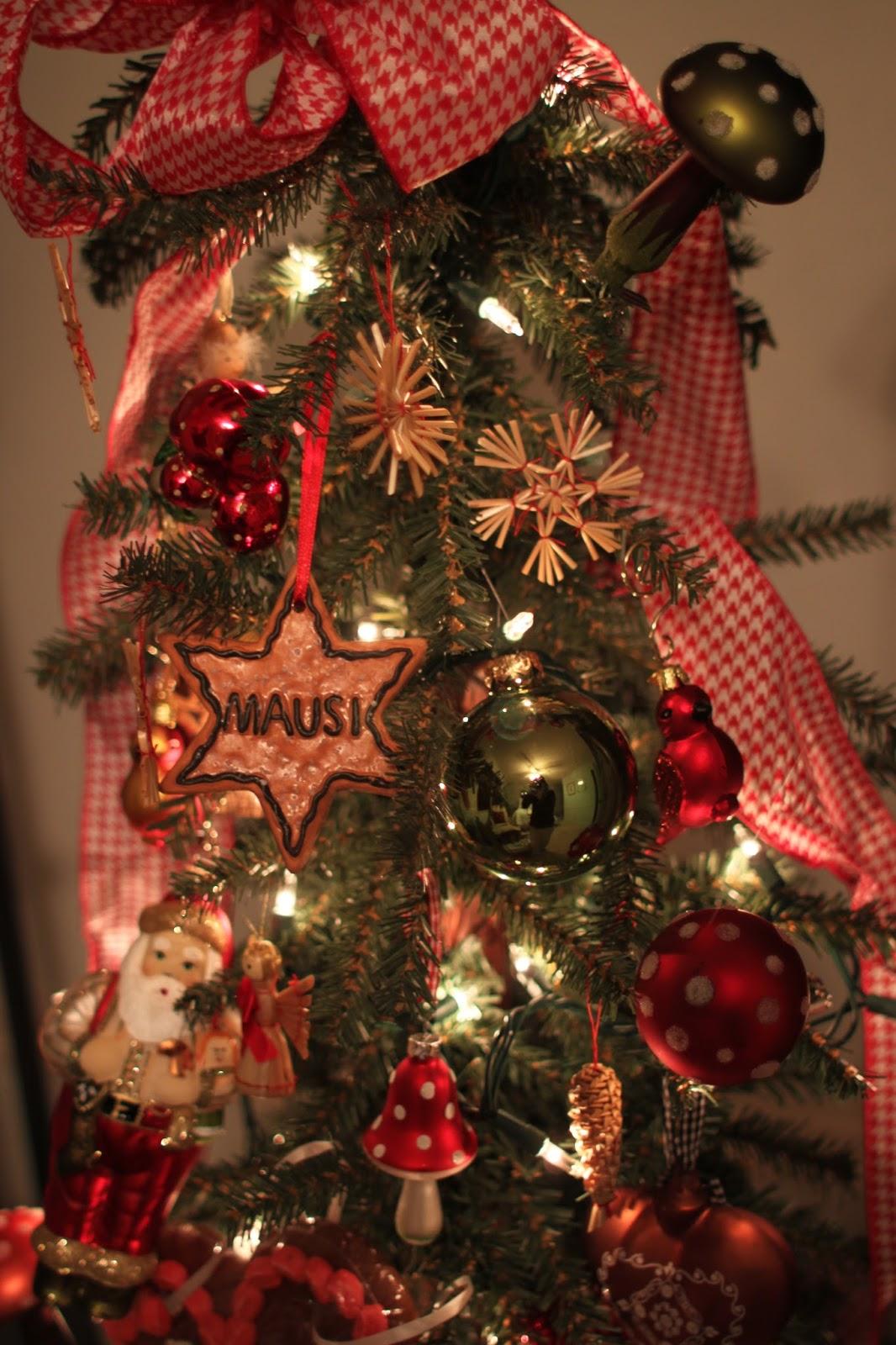Haus and Home: German Christmas Tree