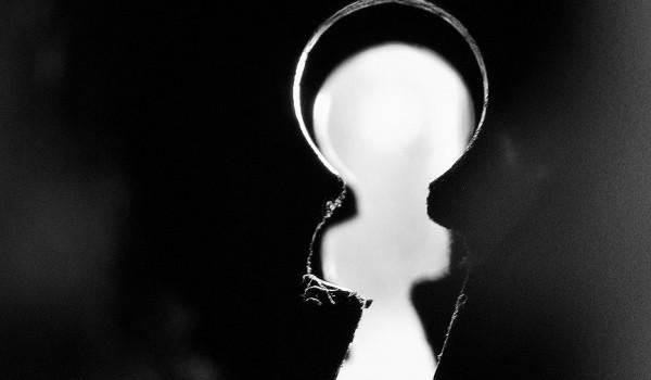Φασισμός και κλειδαρότρυπα