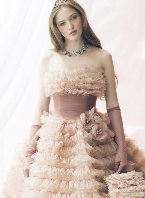 ball gown ruffled wedding dress