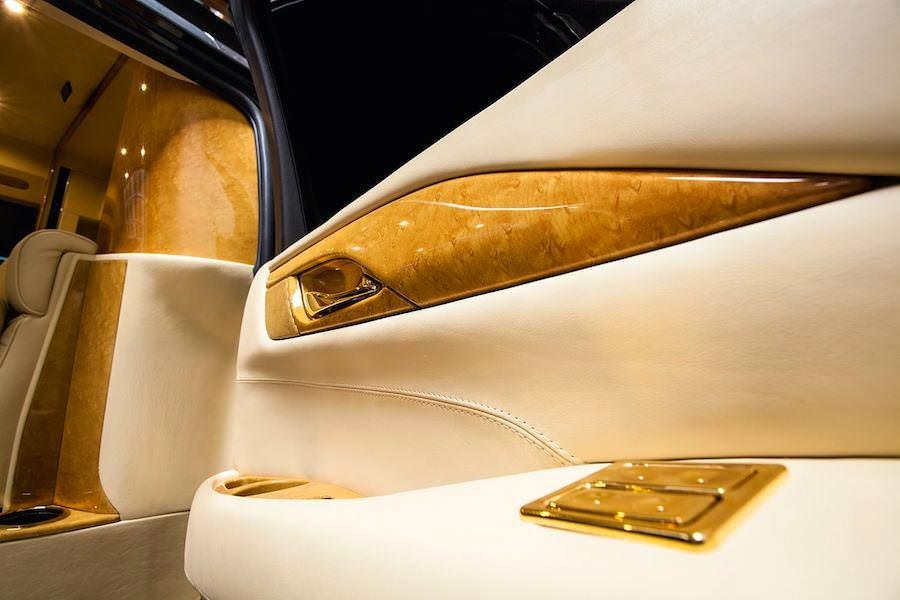 カスタムした「キャデラック・エスカレード」の内装が豪華すぎる!