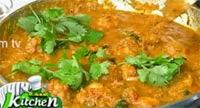 Murungaikai Urulaikizhanghu Kuzhambu – Ungal Kitchen Engal Chef