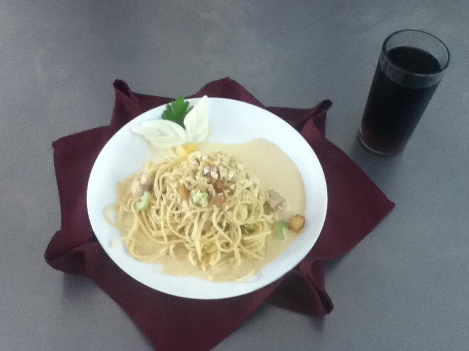 Utiliza las tecnicas basicas para cocinar espagueti a la for Ingredientes para cocinar