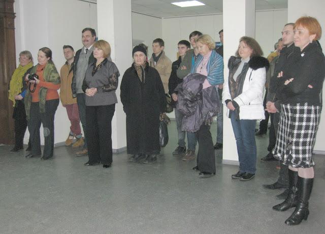 Фото Виталия Бабенко: посетители выставки