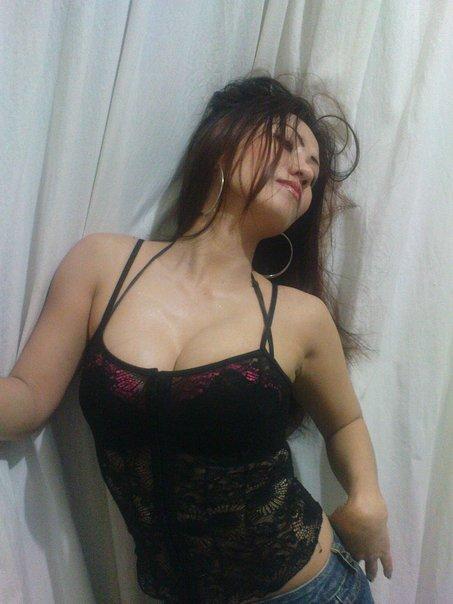 http://manjamaya.blogspot.com/2013/04/inilah-fose-seorang-tante-siapa-mauu.html