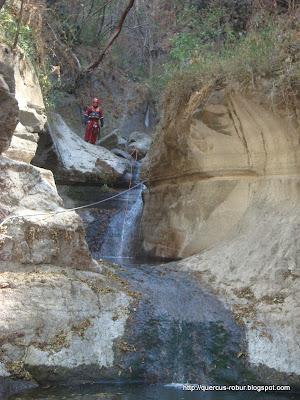 Doble cascada en el cañón de Matatlán