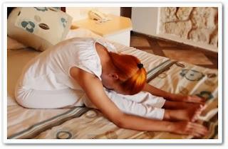 видеоурок онлайн Йога в постели
