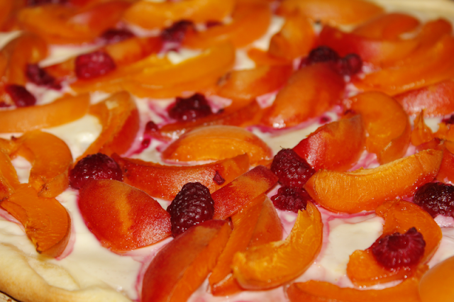 Tarta owocowa z mascarpone