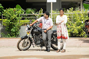 Ammayi devadas Aithe movie gallery-thumbnail-15