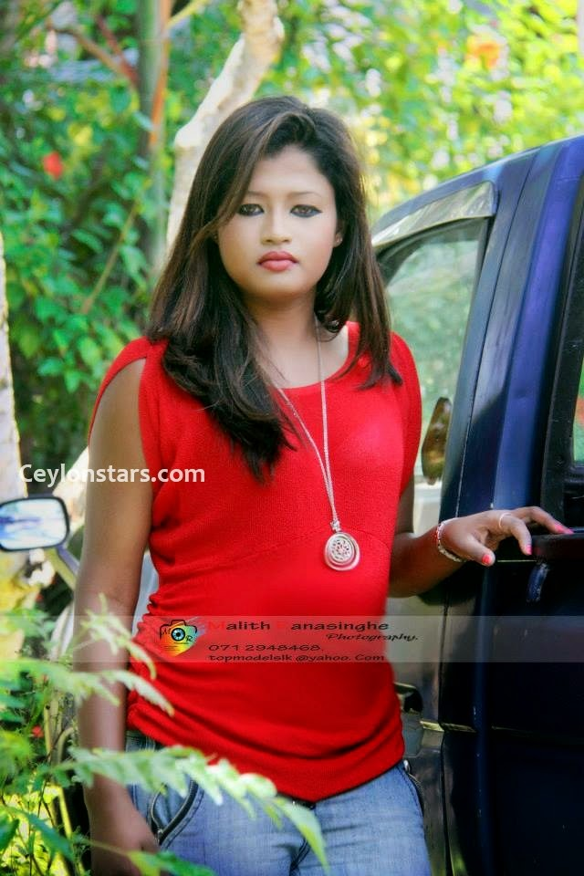 Udeni Attanayake sri lankan model