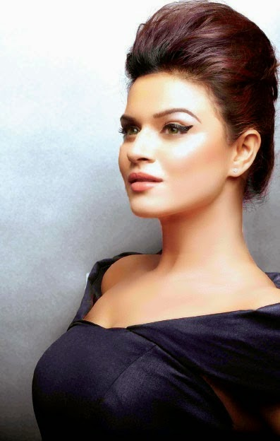 Aashka Goradia Hot HD Wallpapers Free Download