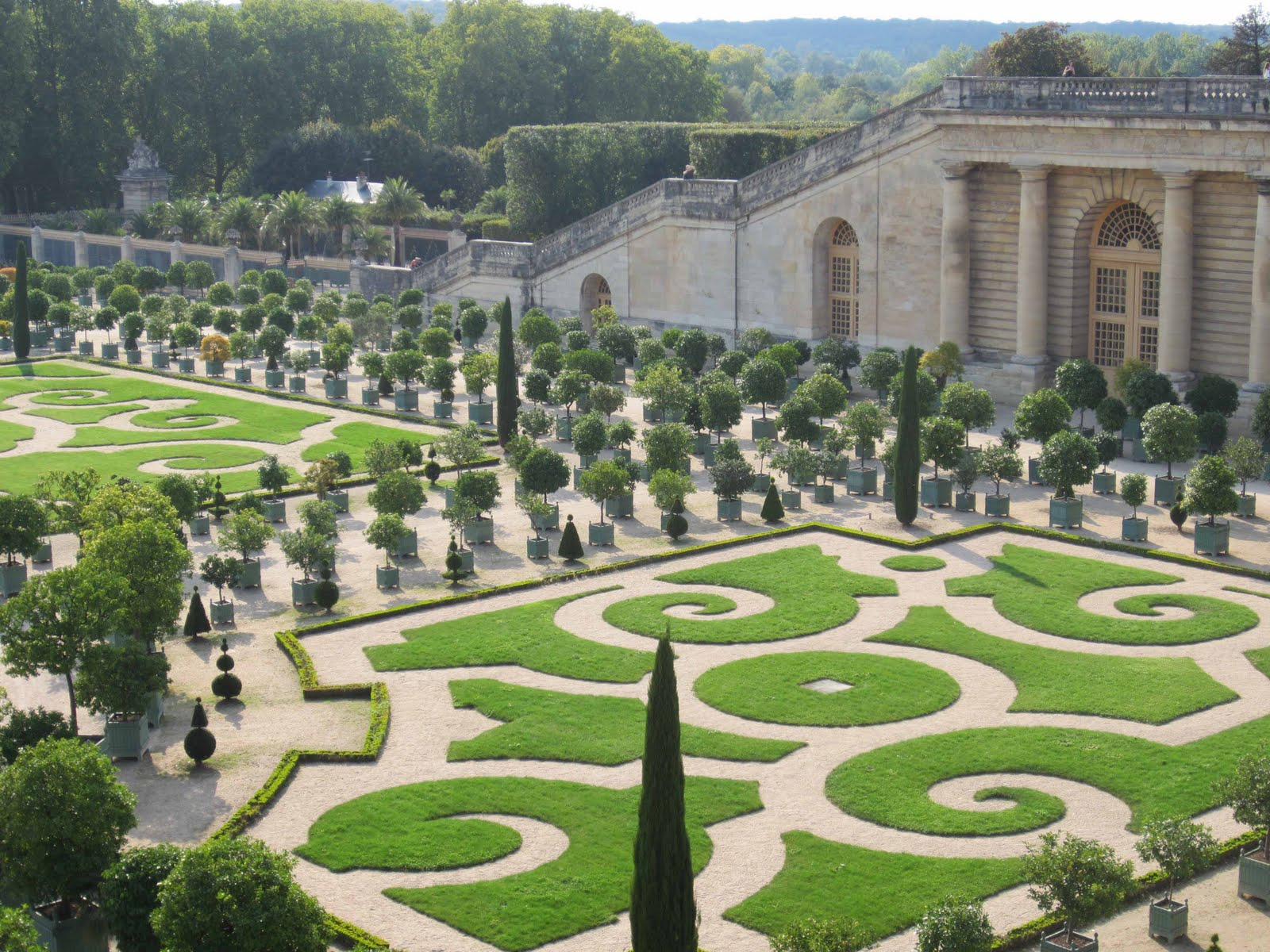 The french circus the gardens of versailles for Garden design versailles