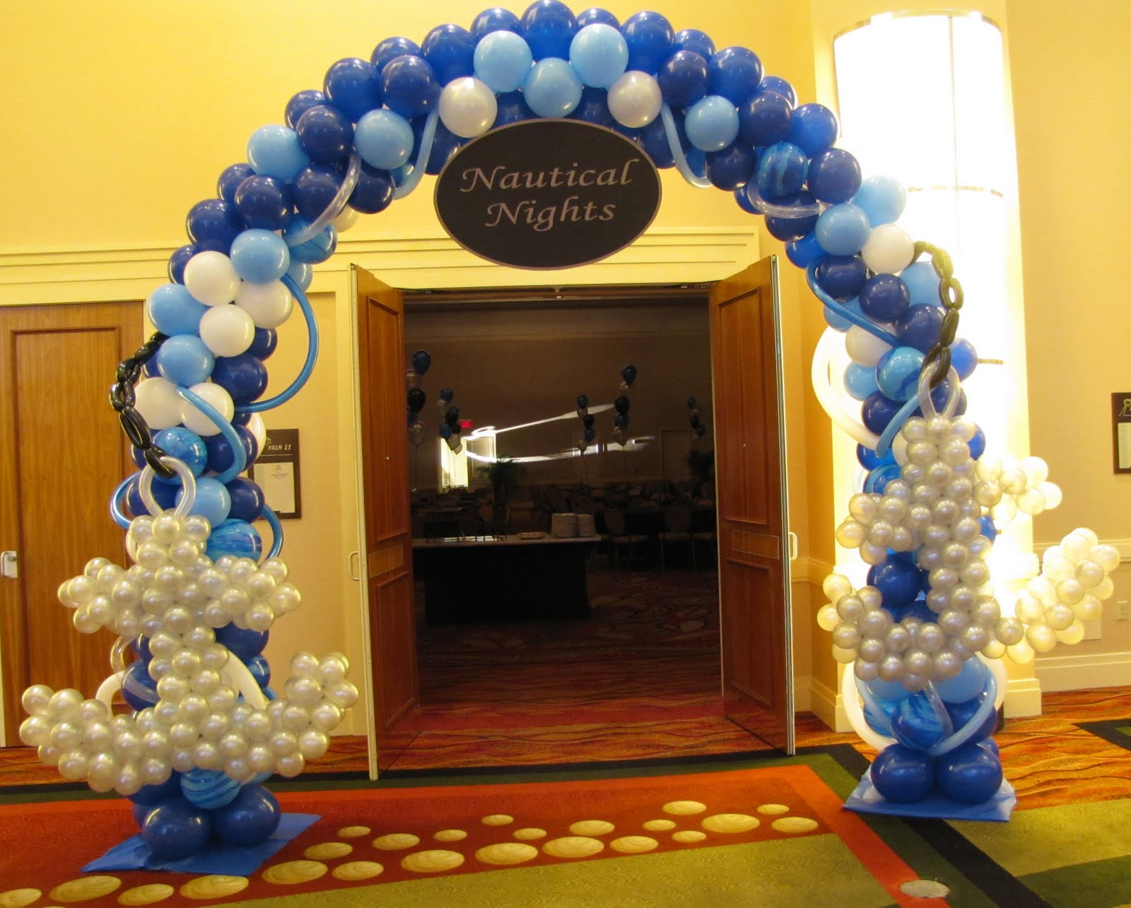 Party people event decorating company lakeland high for Arch balloon decoration