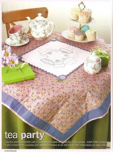 toalha-de-lanche em patchwork com risco de bordado
