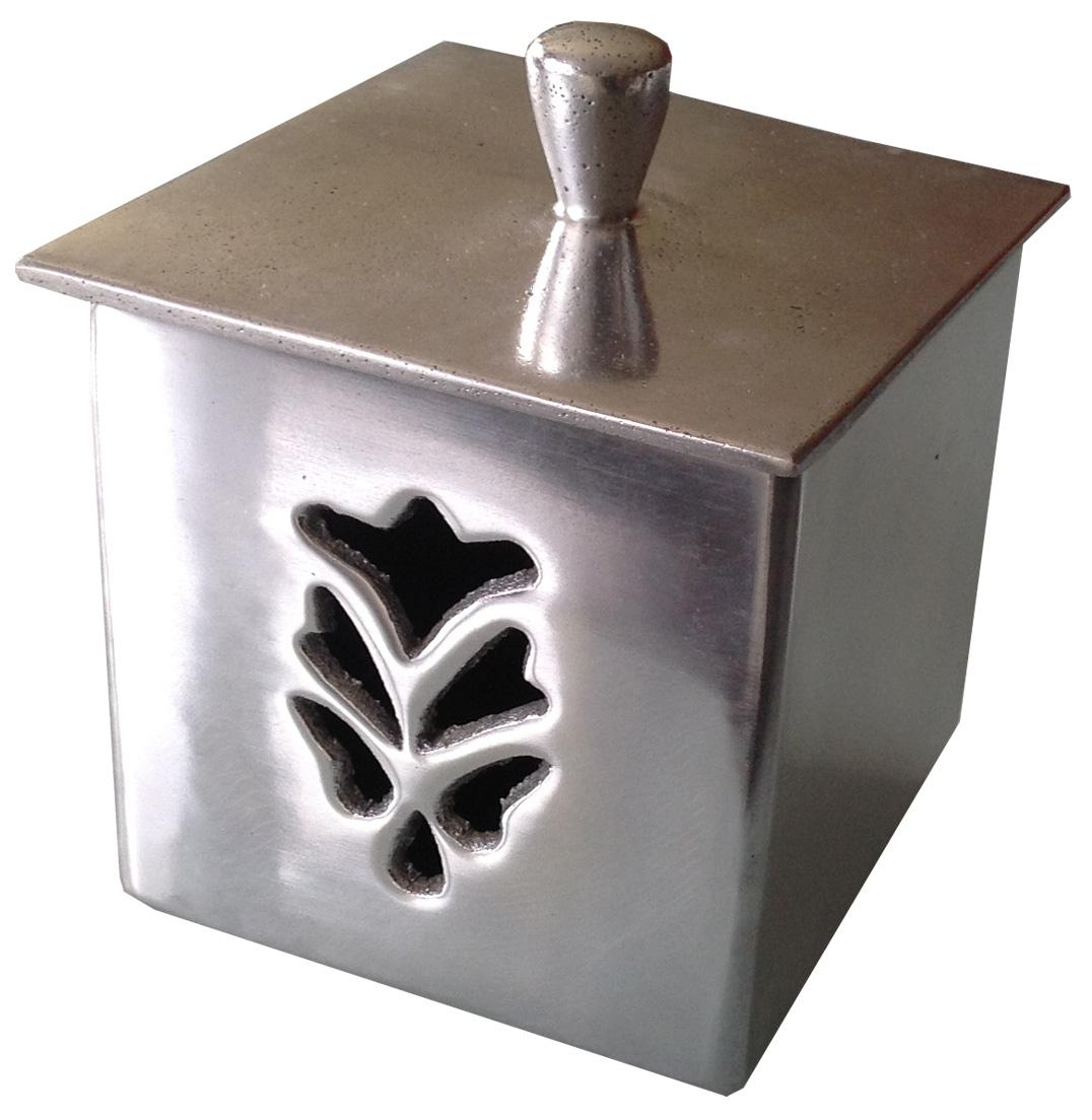 une jolie boite coton pour la salle de bain conseils maison. Black Bedroom Furniture Sets. Home Design Ideas