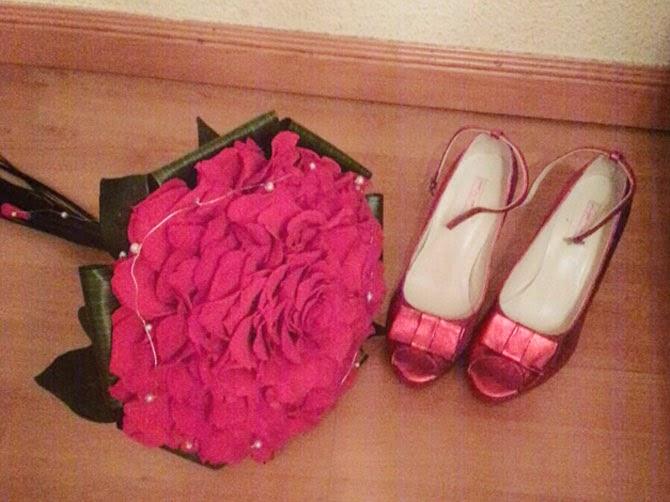 ramo rosmelia zapatos rojos