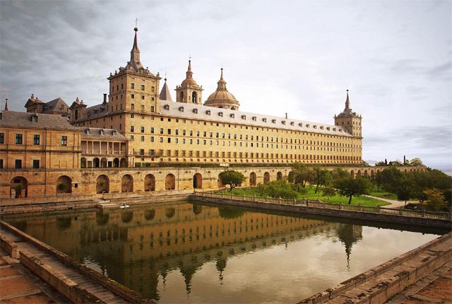 Spain Honeymoon Packages