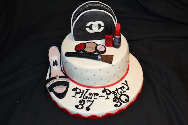 tarta Maquillaje, neceser y zapato fondant chanel brocha, pintalabios