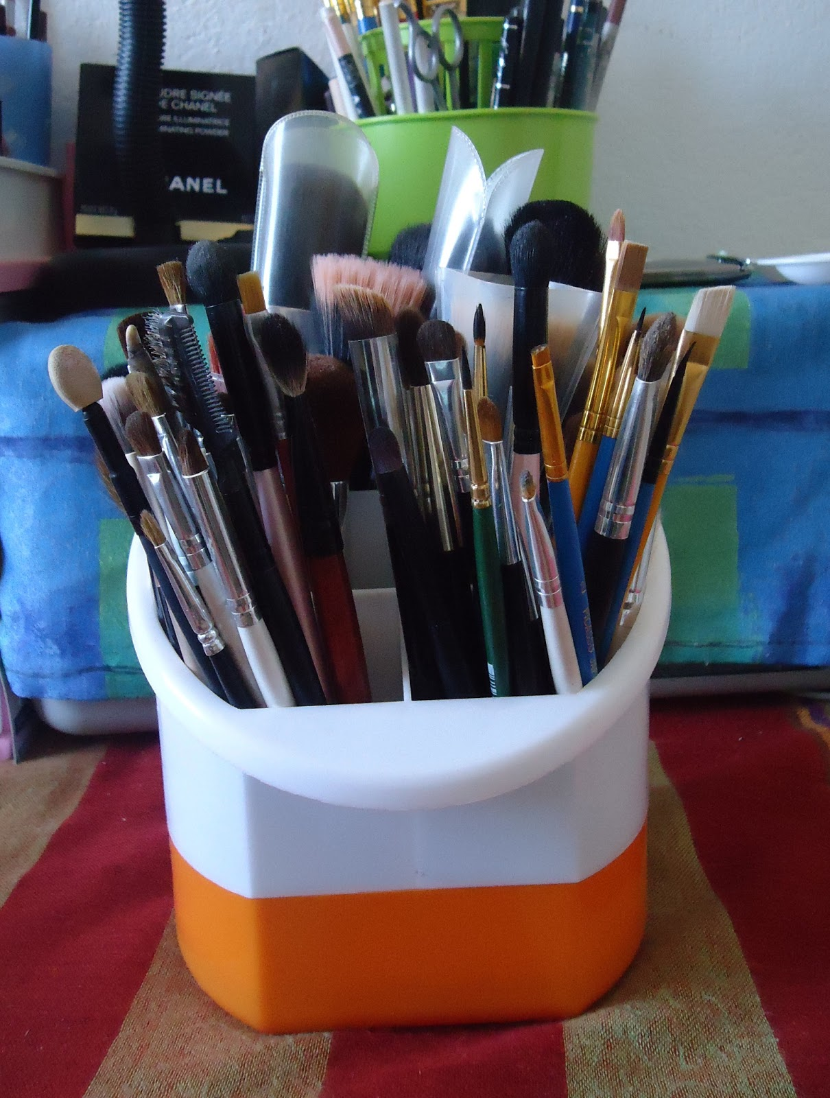 mon rangement makeup sahar hair 39 n 39 beauty. Black Bedroom Furniture Sets. Home Design Ideas