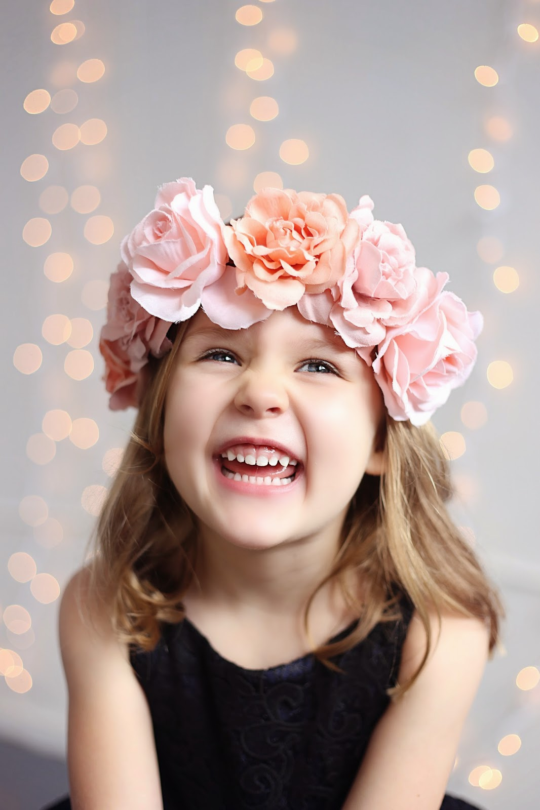 spotted stills photography, portland, oregon, family, photographer, studio, natural light, jenn pacurar, pictures, floral crown, child photographer, girl with floral crown, christmas, holiday