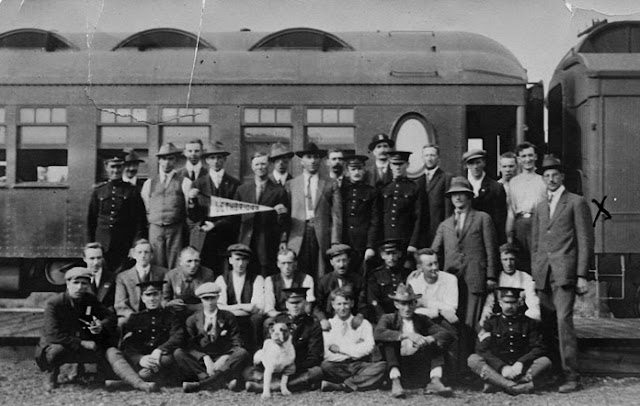 First Train Load Of World War One Troops From Lethbridge