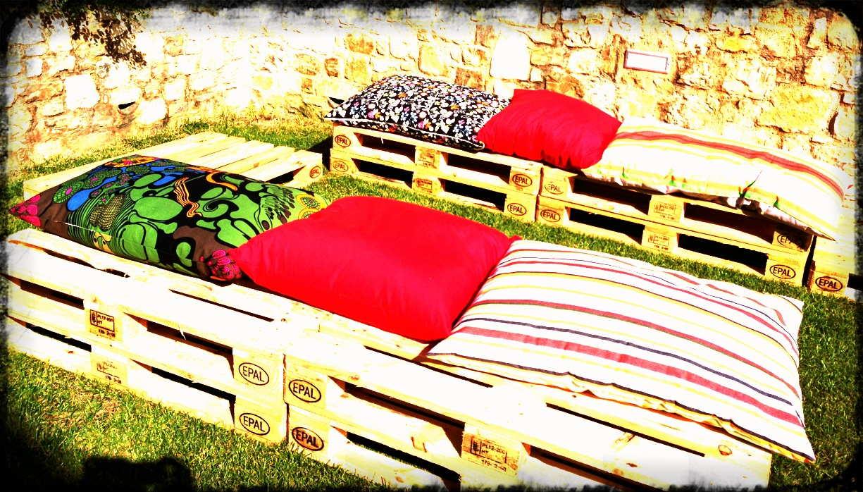 La mamma curiosa un 39 idea economica per i divanetti da - Divanetti da esterno ikea ...