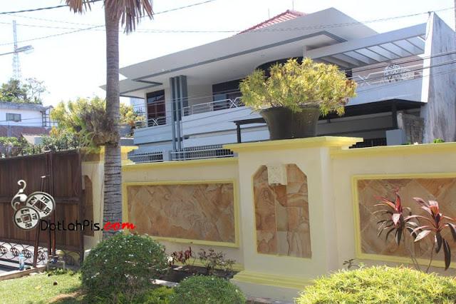 http://dotlahpis.blogspot.co.id/2015/11/dijual-rumah-mewah-di-ciung-wanara.html