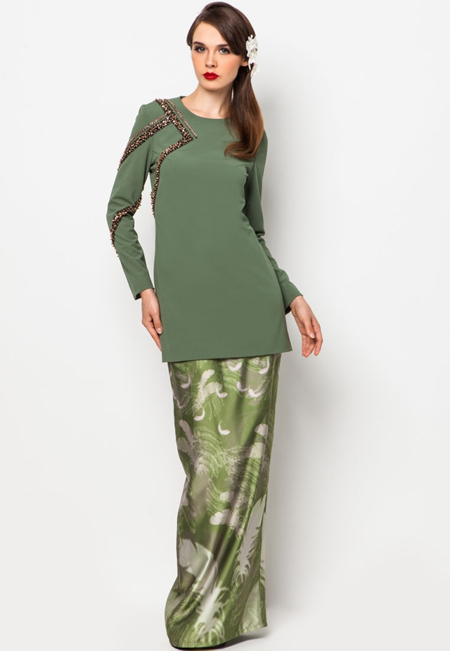 Fesyen : Cara pemakaian tudung bawal Cara pemakaian shawl labuh dari