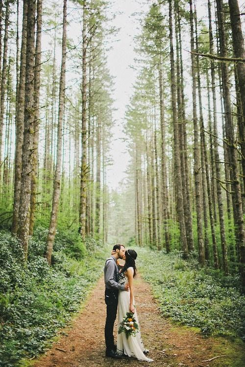 Nature is the best setting for a whimsical wedding album