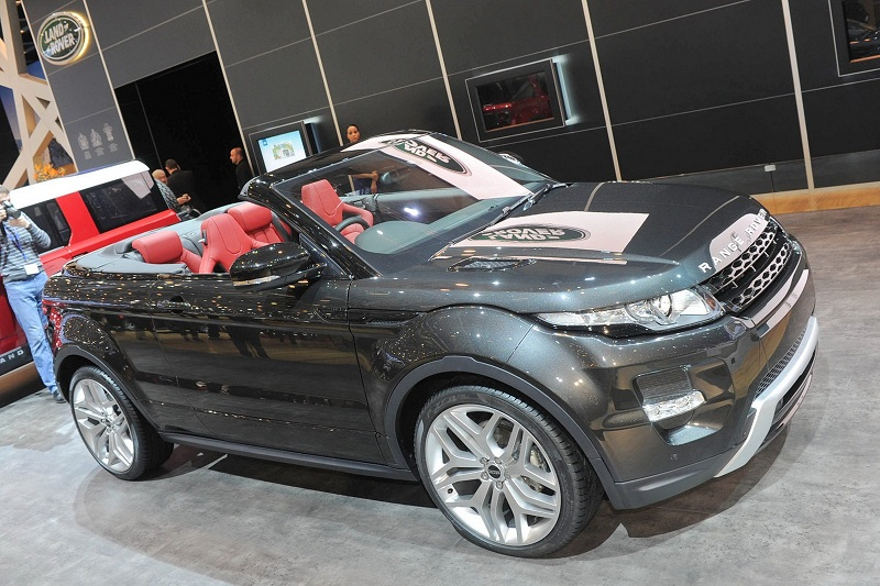 land rover cerca opinioni sulla sua evoque cabrio voi cosa ne pensate. Black Bedroom Furniture Sets. Home Design Ideas