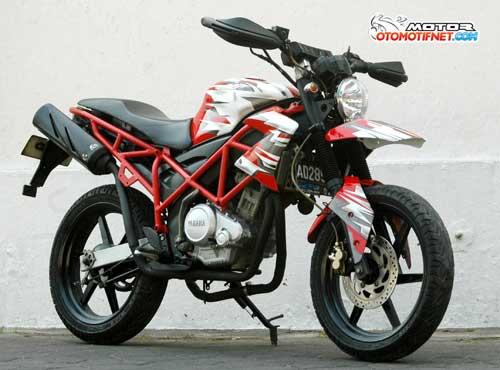 Modifikasi Yamaha V-Ixion, Dipaksa Ala Hypermotard