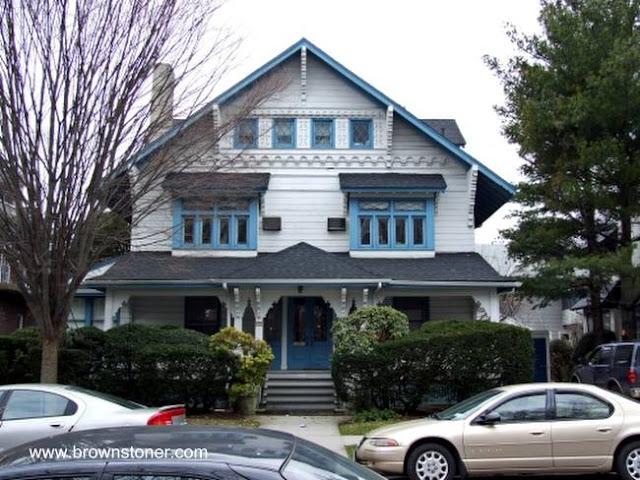 Casa en Estados Unidos del año 1900 inspirada en el chalé suizo