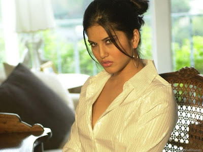Sunny Leone Jism 2 Movie Photoshoot Hot